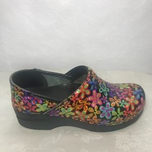 Dansko Comfort Multi Colored Flower Clogs Sz 37